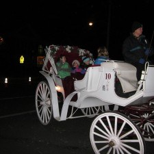 Family enjoying the carriage rides