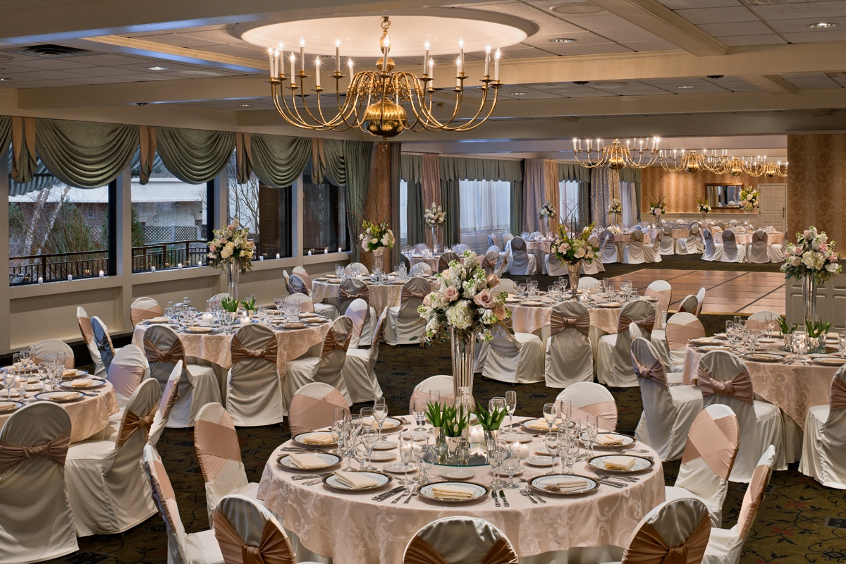 Weddings At The Radnor Hotel