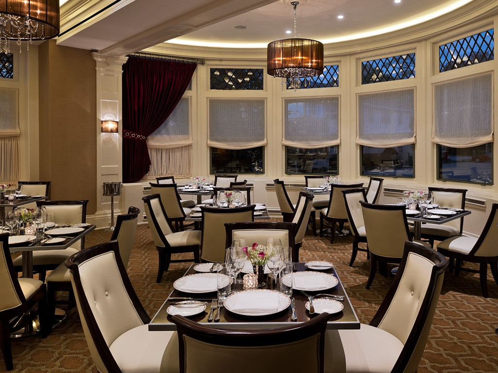 Dinner Parties in the Main Dining Room at Paramour, Wayne