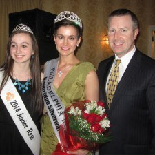 2014 Junior Rose Fiona Brogan and 2014 Philadelhia Rose Maria Walsh with David Brennan, General Manager of the Wayne Hotel and Chair of the judging panel