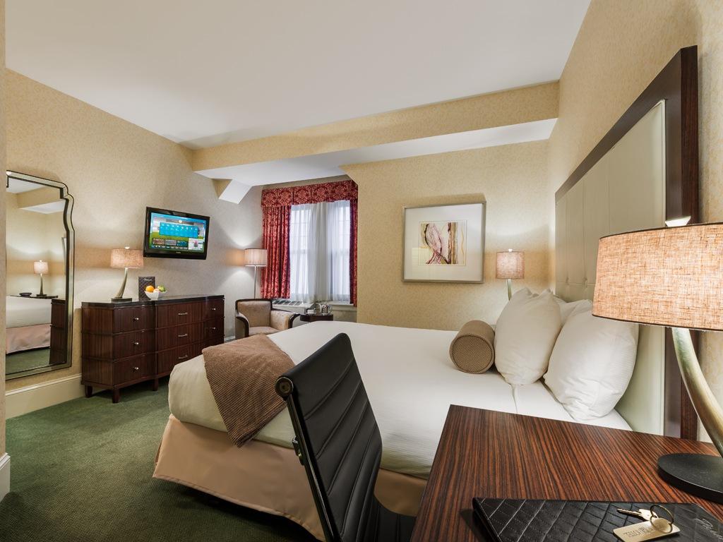 Wayne Hotel's King Deluxe Guest Room