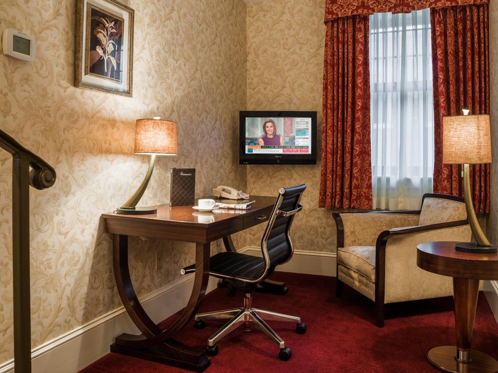 Wayne Hotel's Askin Suite Study