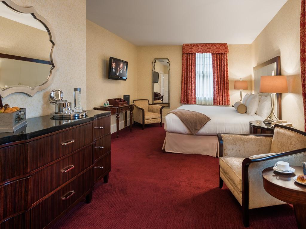 Wayne Hotel's Askin Suite Bedroom
