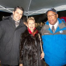 Vernon Odom of Channel 6 Action News along with Justin Weeks, Assistant General Manager of Paramour at the Wayne Hotel, and Diane Jiorle, President of Wayne Business Association, led the countdown to the Tree Lighting