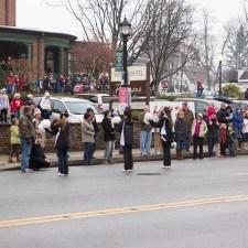 Radnor High School's Cheerleaders spread Christmas spirit