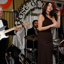 Karen Boyce McCollum & The Lads provided entertainment for over two hundred guests