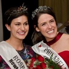 Maria Walsh, 2014 International Rose of Tralee, congratulates Mairead Comaskey