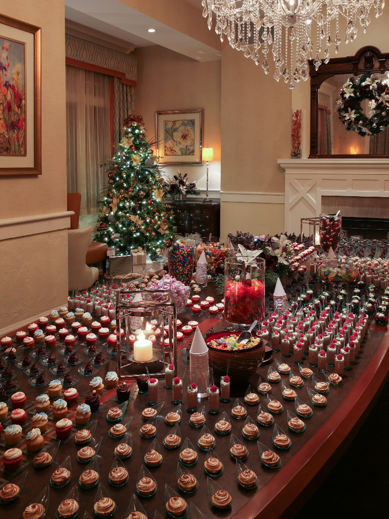 Plan your Holiday Party at Paramour