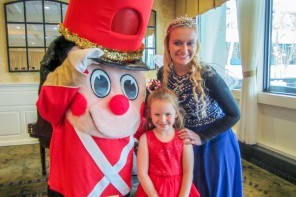 Children's Holiday Teas at The Radnor 2016 Recap