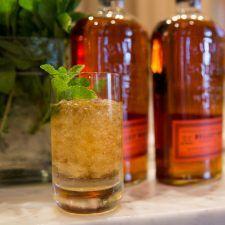 Bulleit Bourbon Mint Juleps