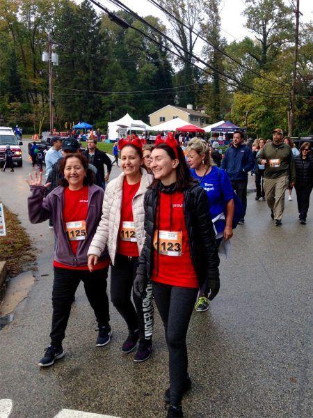 Lucia Vallejo, Elizabeth Correa, and Dominika Correa of The Radnor Red Racers