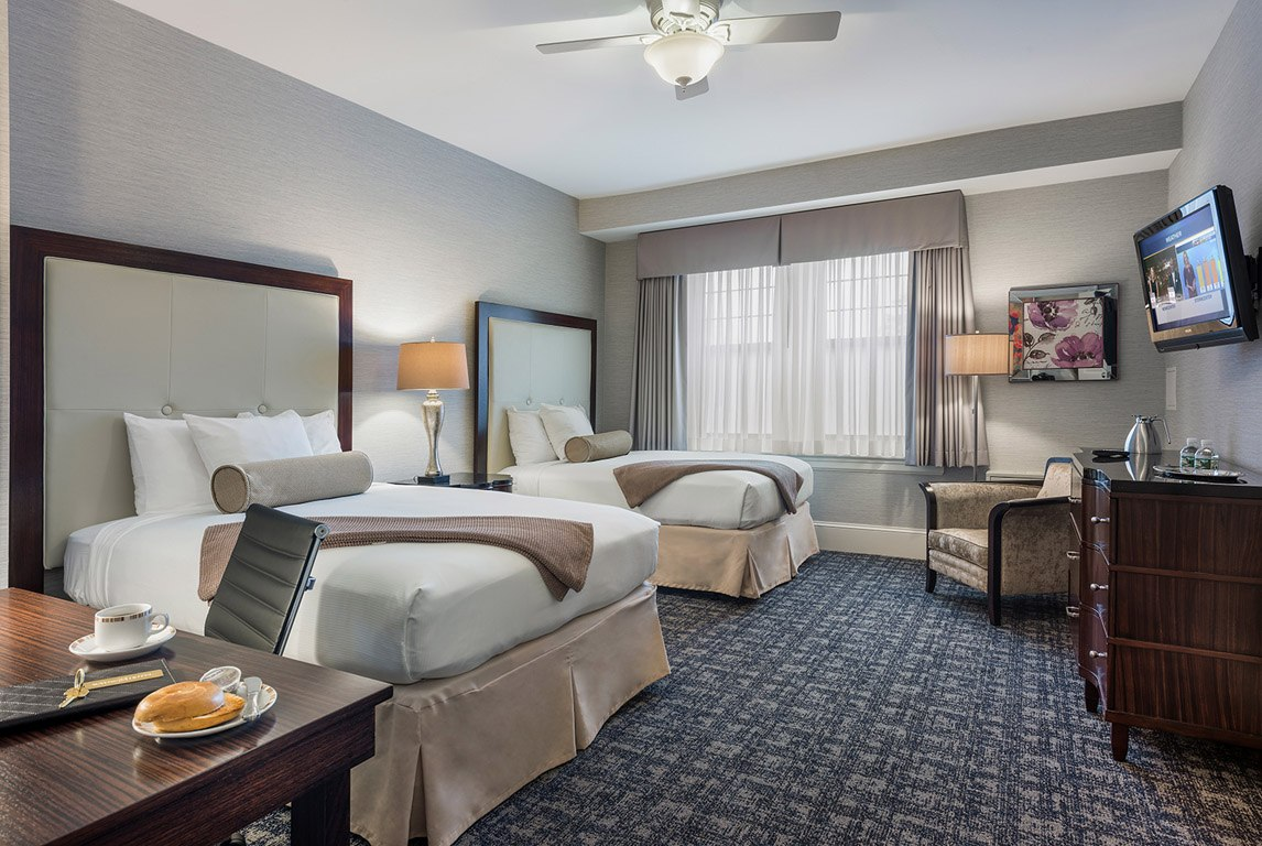 Double Double Deluxe Guest Room