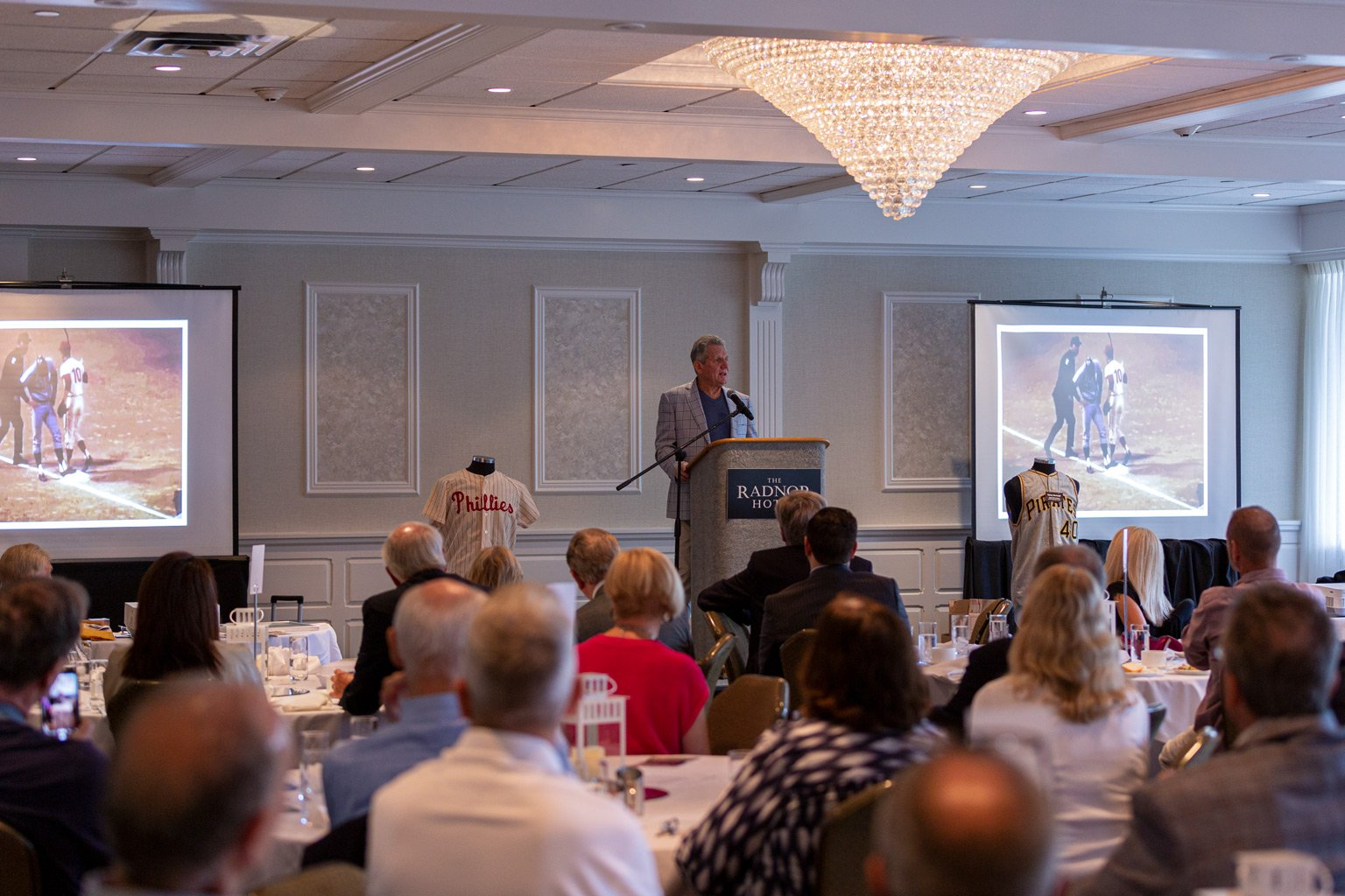 Larry Bowa speaking to the crowd at the Sports Legends of Delaware County Museum luncheon held at The Radnor Hotel